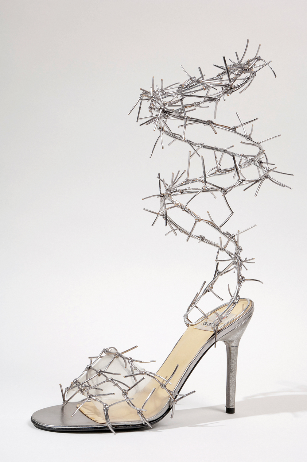 Todd Oldham - cipele od kože metalik srebrne boje i prozirne plastike