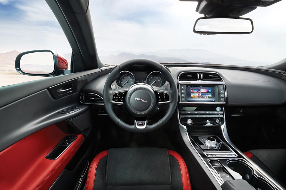 jaguar xe1 2