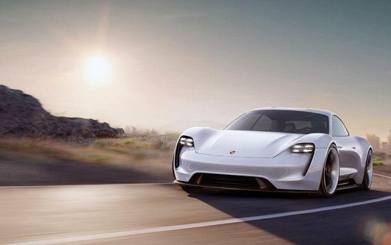 Električni Porsche Mission E