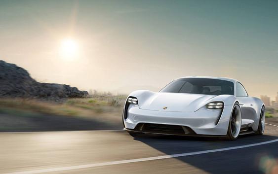 Porsche Mission E: Električni projektil
