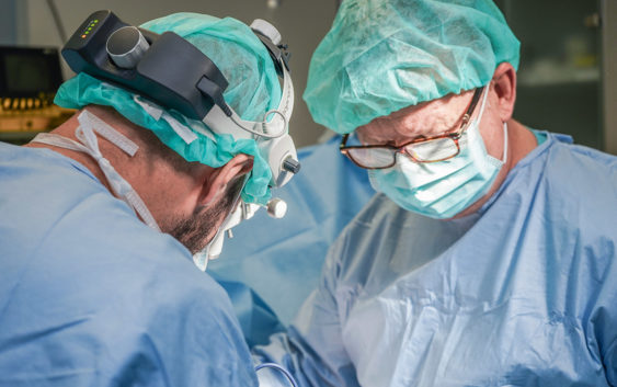Estetska kirurgija za muškarce: Kako vratiti ponos?